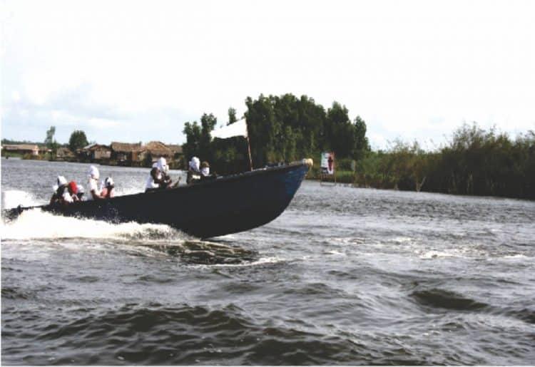 Militants in the waterways 2007 Credit: Marianna Van Zeller